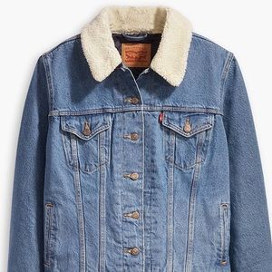 NWT Levi's Sherpa Denim Trucker Jacket